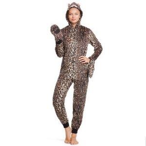 Nick & Nora animal print hooded pajama jumpsuit M